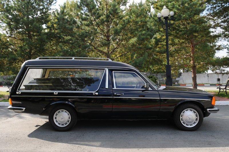 организация-похорон-катафалки14