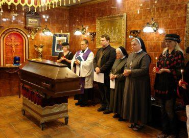 Католический обряд погребения