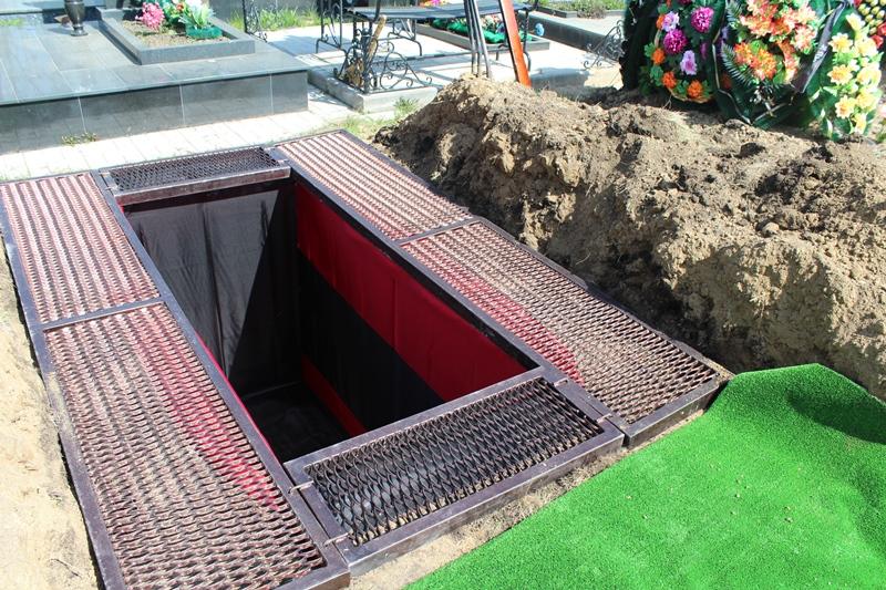 Как заказать могилу на кладбище