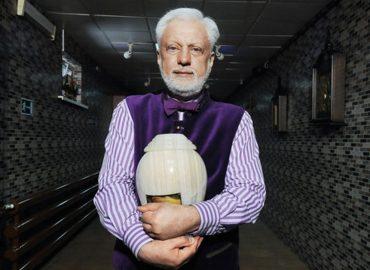 Сергей Якушин: «На похоронах люди не плачут»